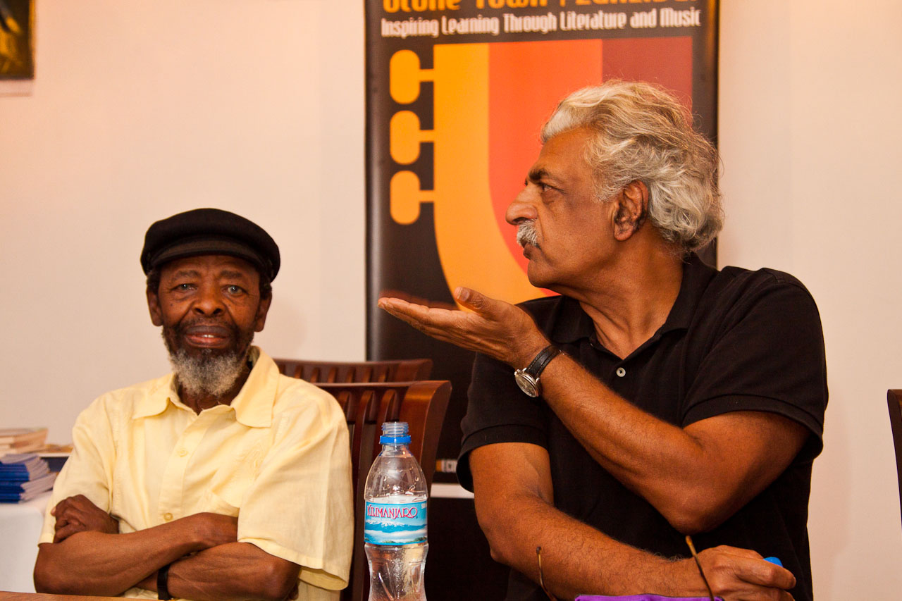 Keoropetse_Kgositsile_and_Tariq_Ali_panel_discussion_by_Peter_Bennett_IMG_8454s